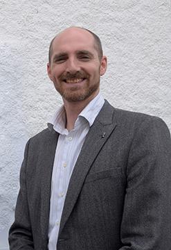 Fergus Weir : Managing Director